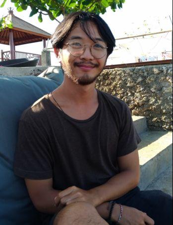 Xavier Zayou, Wisatawan Perancis di Bali