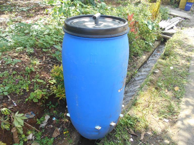 Biokomposter, Alat yang Menghasilkan Pupuk Cair dan Padat dari Sampah Organik