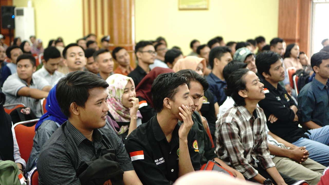 Mahasiswa Pertanian UMSU sangat antusias mendengarkan seminar pertanian PTD Goes to Campus