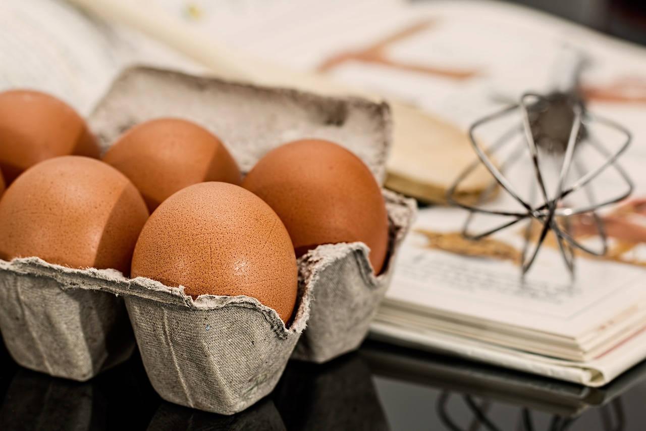 Pilih Telur yang Bentuknya Utuh