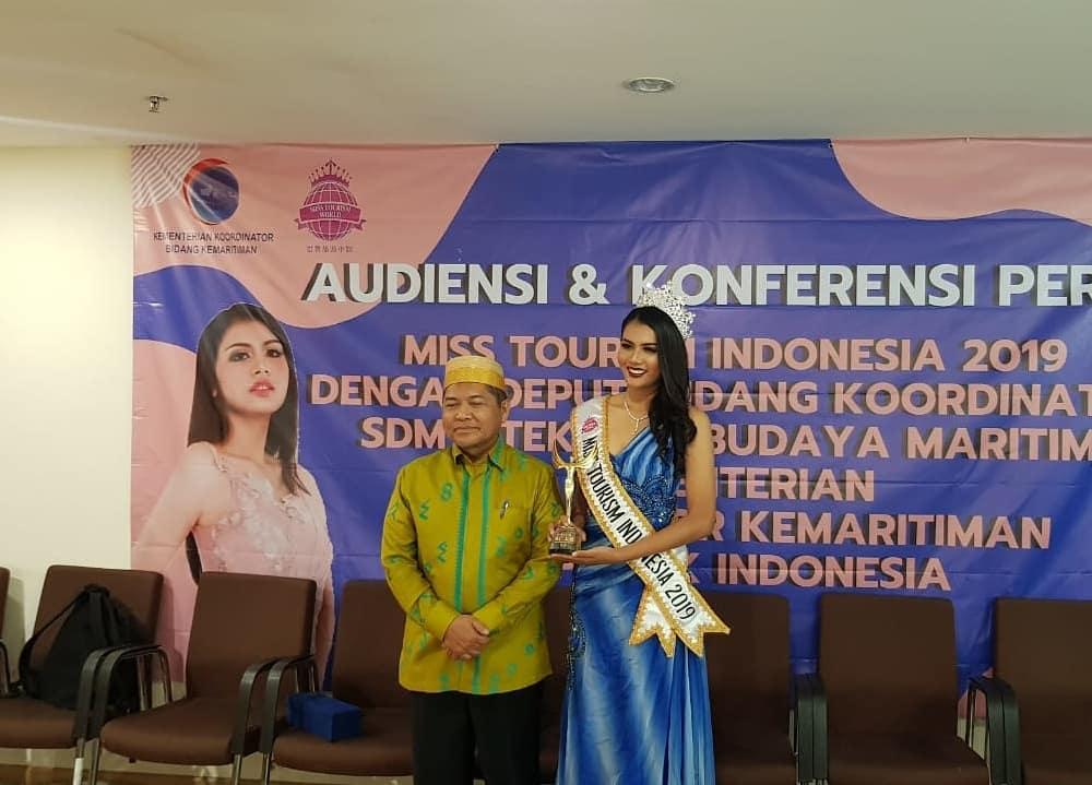 Ayu Jasmine di Miss Tourism 2019