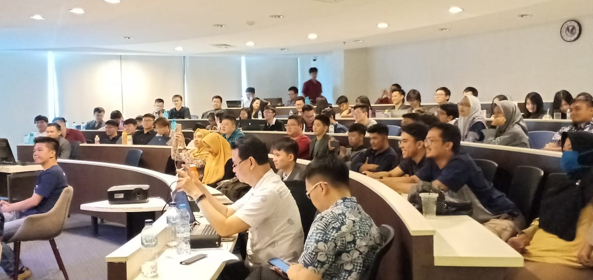 Pak Tani Digital Goes to Campus UPH