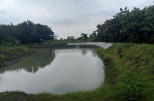 Ilustrasi embung di Desa Mantup, Kecamatan Mantup, Kabupaten Lamongan, Jawa Timur. (DOK. Humas Kementan)